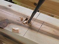 木組みのために彫りこまれた継手(つぎて)